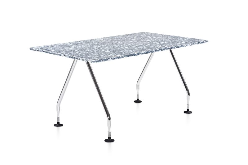 RePlastic top with Vitra Ad Hoc frame